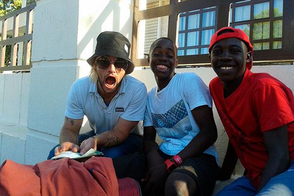 Will and the People con Coro Safari